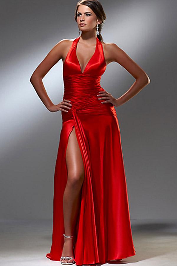 robe de soir e satin rouge. Black Bedroom Furniture Sets. Home Design Ideas